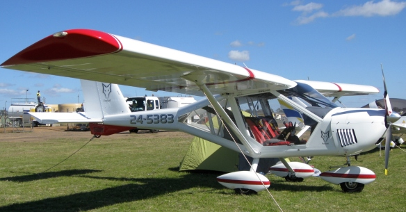 Doug Ross's very smart A22LSA with red highlights and leather seat cushions was one of 9 Foxbats attending the show.