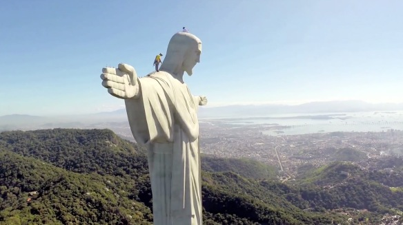 Repairing Christ the Redeemer